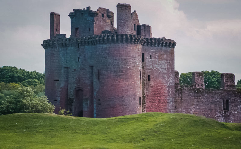 the castle is well-fortified with two moats and rings o earthworks