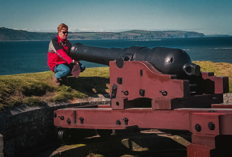 mark examining one of the cannons