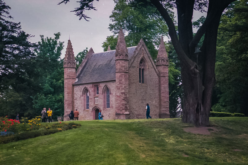 the small chapel at scone palace on the site of Moot hill